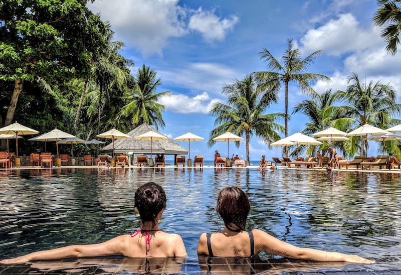 How To Keep Your Skin Healthy While on Vacation