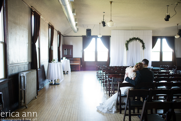 Find out the best places in Portland, OR for your wedding.