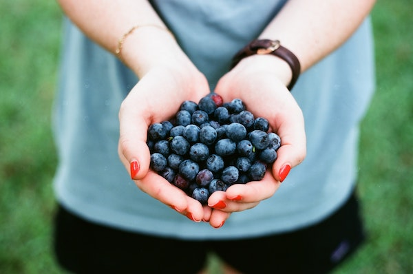 The Best Foods for Your Skin (and the Worst!)